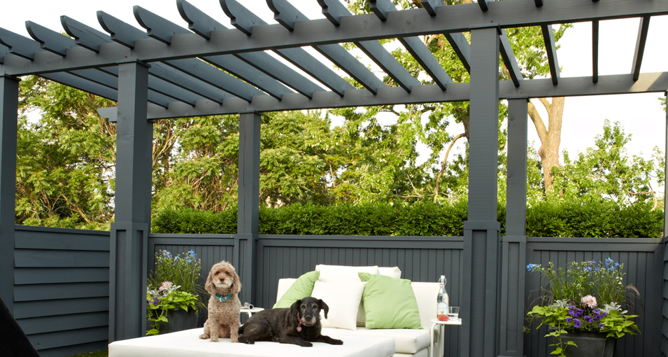 Photo slideshow of Artistic Gardens' design projects: winged pergola with privacy screen, fountain pool and interior seating area